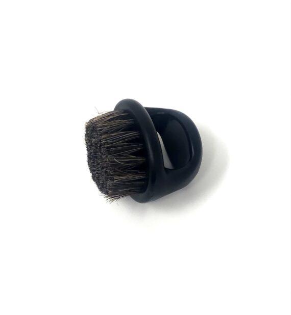 BLACK knuckle BRUSH